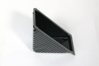 Лоток под запайку 183×84×85 мм треугольный черный